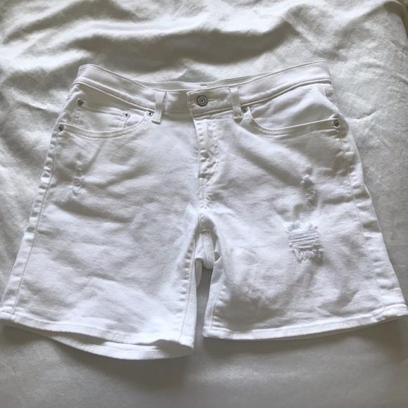 Levi's Pants - Levi's white distressed shorts size 30